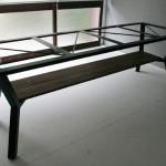 テーブル用の鉄脚