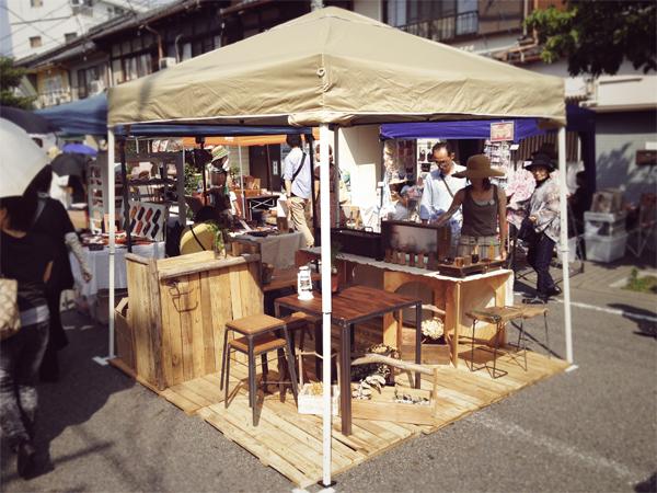 覚王山祭りでのTetsu Mokuブース