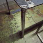 取り外し可能な鉄脚(ボルト式)