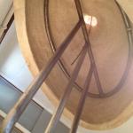 陶器の内側にぴったりとはまるアイアンパーツ