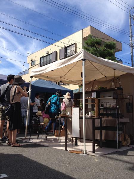 覚王山夏祭 鉄と木の家具  Tetsu Mokuブース2
