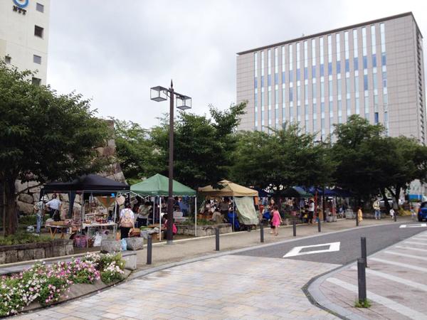 STREET & PARK MARKET 豊田市 桜城址公園