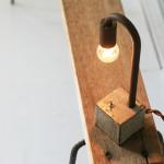 古材に合う鉄と陶器の照明