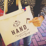 HAND have a nice day のバッグとアイアンバッジ