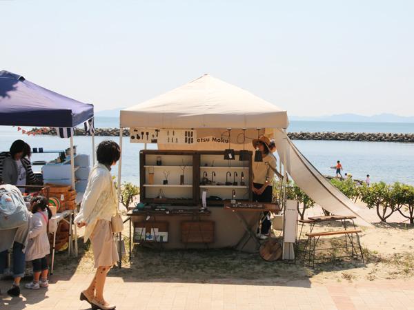 宮崎海水浴場にて海辺百貨店vol.10に出店した際の様子