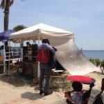 西尾市吉良町の宮崎海水浴場で開催されるイベント「海辺百貨店vol.10」に出店したTetsu Mokuの様子4。
