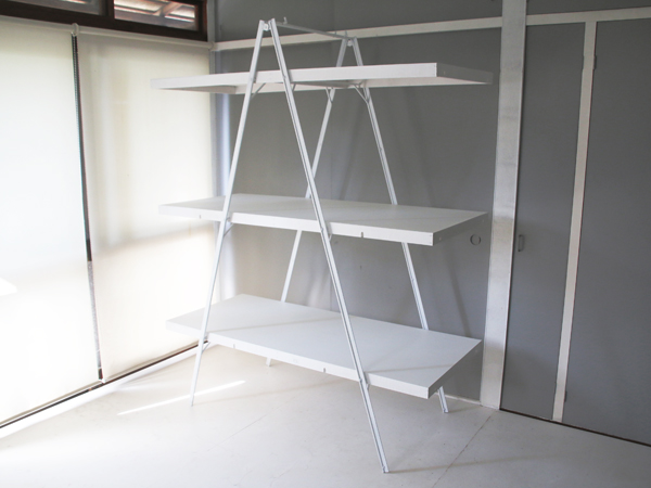 iron ladder shelf 2