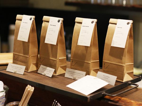 MonoArt coffee roasters Tetsu Moku製作のアイアントレー
