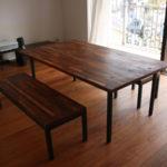 オーダー製作したウォルナット集製材と鉄脚のダイニングテーブルセット1