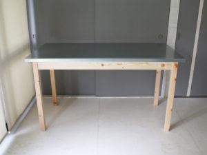ジンクトップテーブル